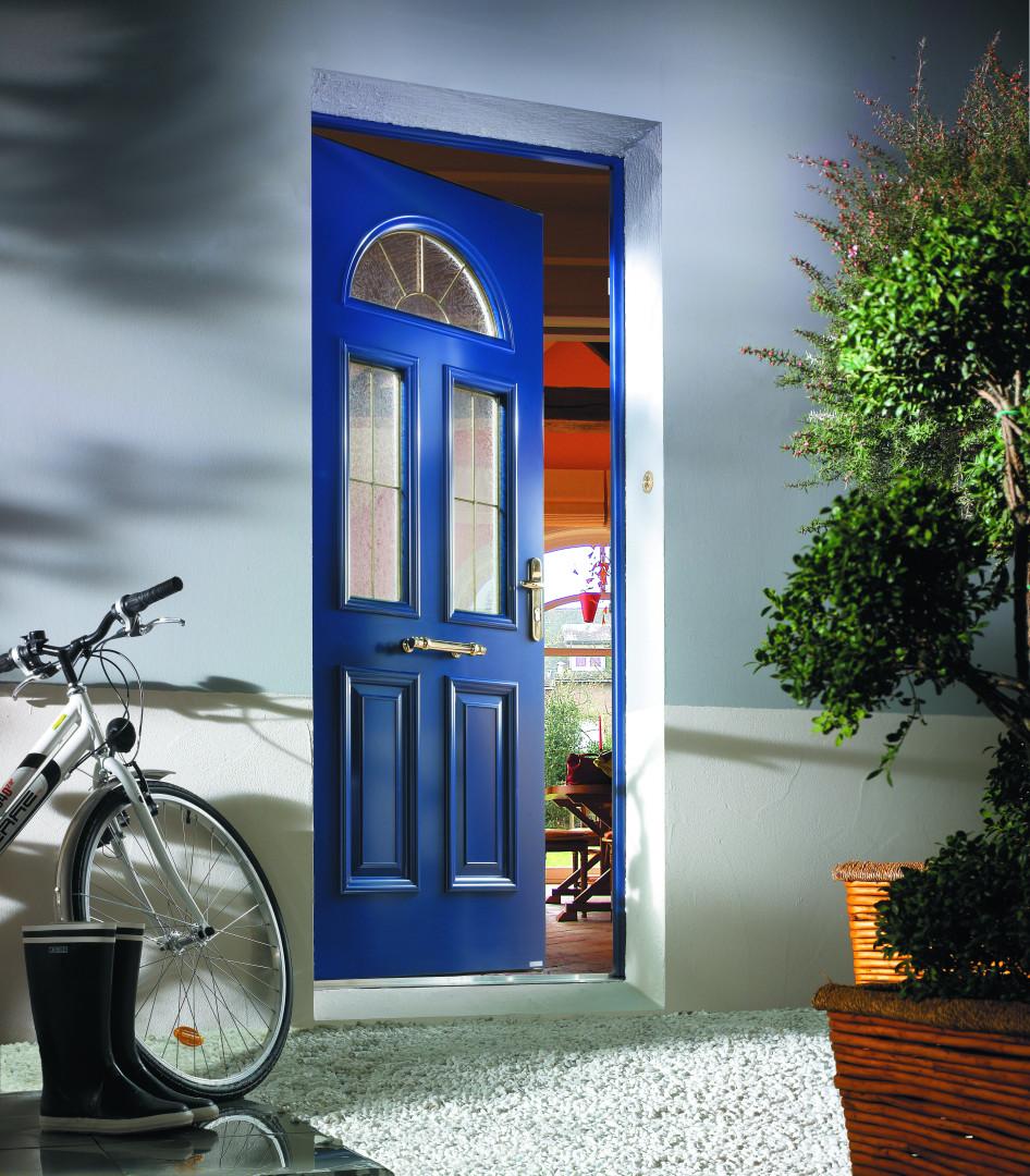 Porte d'entrée bleu en alu