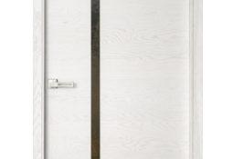 Porte d'intérieur en bois blanc